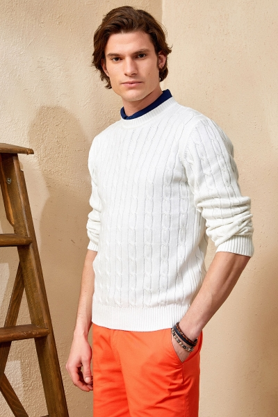 SMILE - GUSTAVIA BRAIDED KNIT SWEATER - OFF WHITE